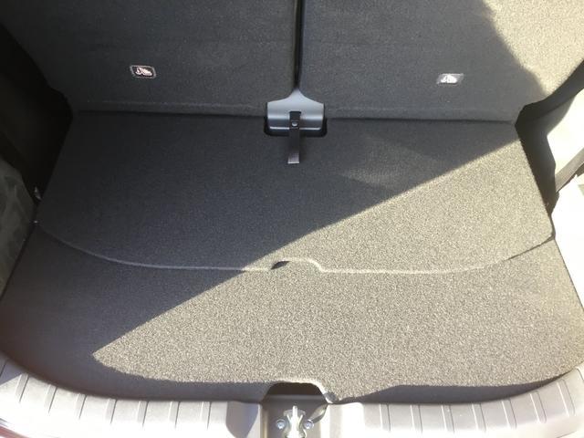 G・Aパッケージ あんしんパッケージ 純正CDチューナー クルーズコントロール VSA ディスチャージヘッドライト サイドエアバック サイドカーテンエアバック オートライト 革巻ステアリング スマートキー フォグライト(40枚目)