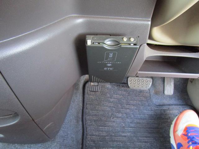 トヨタ シエンタ 黒皮シート 両側スライドドア ETC