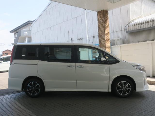 「トヨタ」「ノア」「ミニバン・ワンボックス」「愛知県」の中古車4