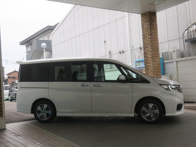 「ホンダ」「ステップワゴンスパーダ」「ミニバン・ワンボックス」「愛知県」の中古車4