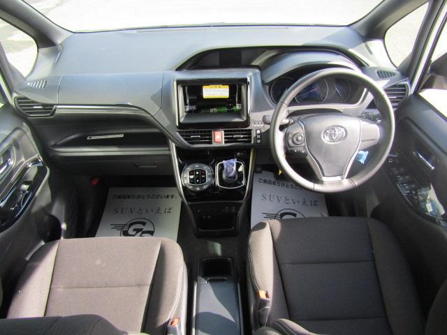 ハイブリッドXi 新車未登録 両側電動 シートヒーター(2枚目)