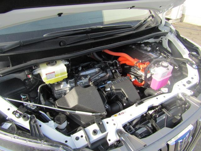 ハイブリッドXi 登録済未使用車 両側電動 シートヒーター(12枚目)