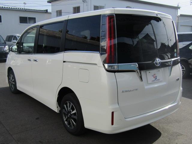 ハイブリッドXi 登録済未使用車 両側電動 シートヒーター(19枚目)