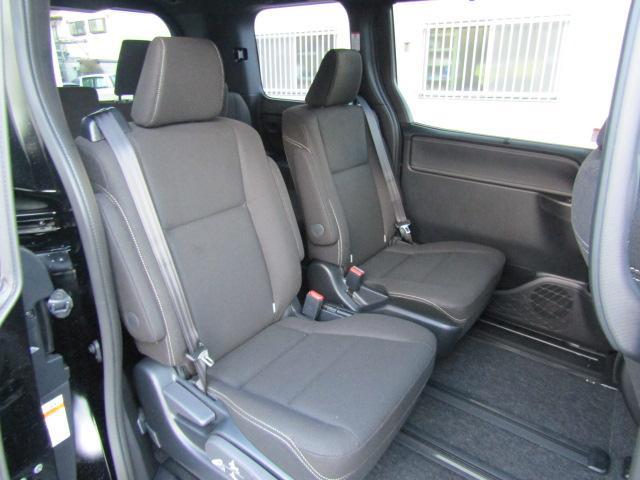 Xi 新車未登録 両側電動ドア クルコン セーフティセンス(10枚目)