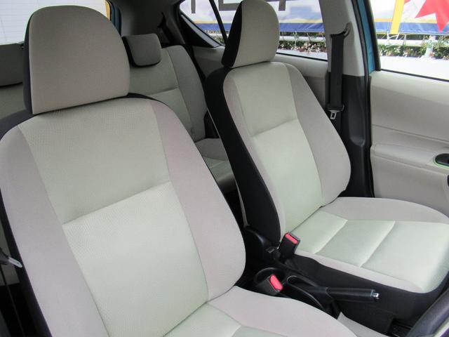 内装は専任のプロが高品質クリーナーを使用し、徹底的に綺麗に仕上げております。お車ご成約時には再度除菌消臭など致しますので、お子様にも安心です!