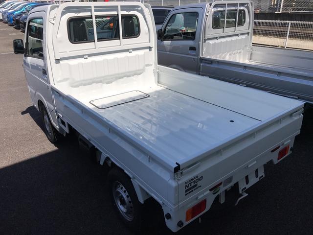 DX 届出済未使用車 4WD AC MT 軽トラック(3枚目)