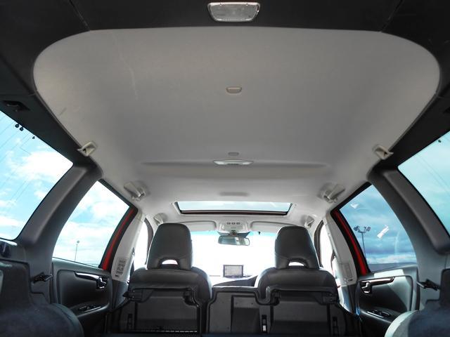 天張りも汚れなど目立ちません。車内も嫌な臭いはしません。