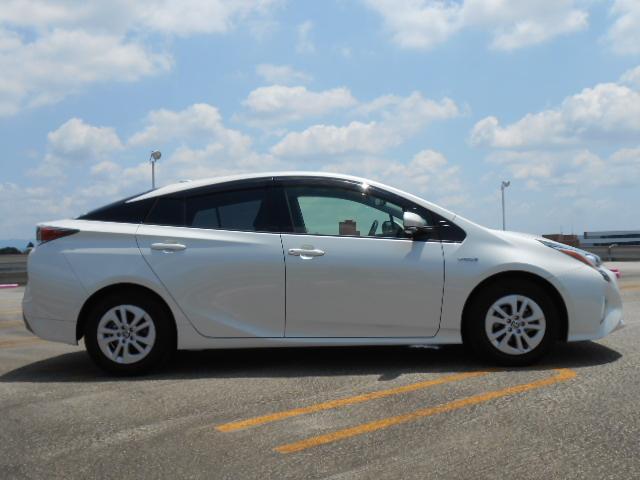 現車確認が出来ないお客様へは車両詳細写真をお送り致しております。