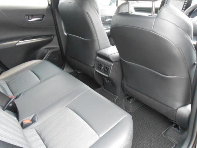 「トヨタ」「ハリアー」「SUV・クロカン」「愛知県」の中古車11