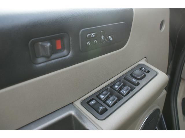 タイプS リフトアップ FUELOFF-ROAD20インチアルミホイール マッドタイヤ CODE9製4本出しマフラー サイドステップ ヒッチメンバー グリルガード オーバーフェンダー ETC バックカメラ(20枚目)