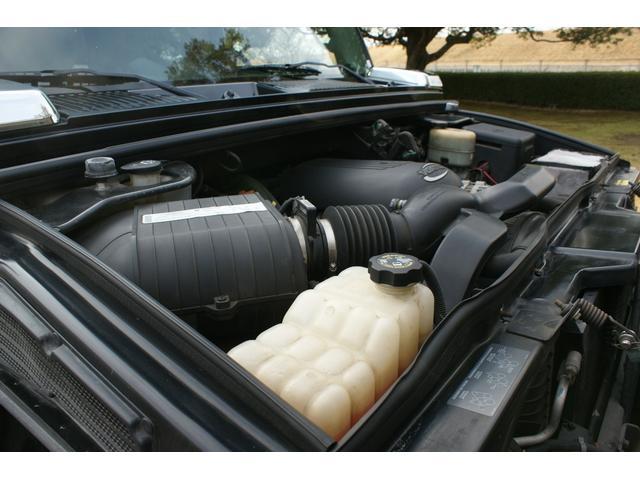 タイプS リフトアップ FUELOFF-ROAD20インチアルミホイール マッドタイヤ CODE9製4本出しマフラー サイドステップ ヒッチメンバー グリルガード オーバーフェンダー ETC バックカメラ(70枚目)