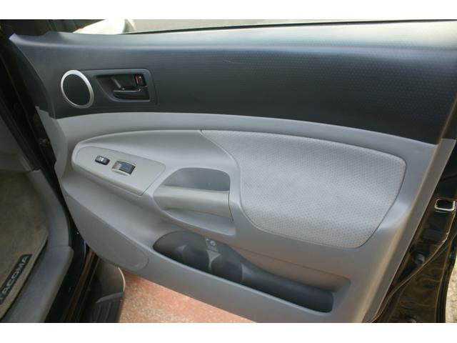 アクセスキャブ SR5 4WD AC AT 修復歴無 TV ナビ 左ハンドル AW オーディオ付 ETC(8枚目)