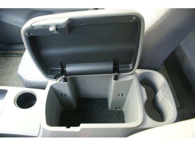 アクセスキャブ SR5 4WD AC AT 修復歴無 TV ナビ 左ハンドル AW オーディオ付 ETC(29枚目)