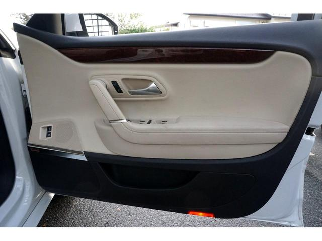 「フォルクスワーゲン」「VW パサートCC」「セダン」「岐阜県」の中古車23