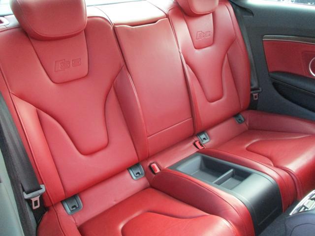 アウディ アウディ S5 4.2FSIクワトロ 4WD純正ナビ 車高調 19AW
