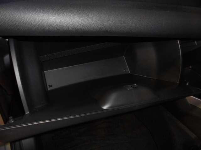 ホンダ フィット 13G 純SDナビ ブルートゥース Aストップ チョイ乗り車