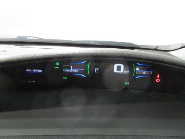 ハイブリッド 8型ナビTV Bカメラ LED ワンオーナー車(12枚目)