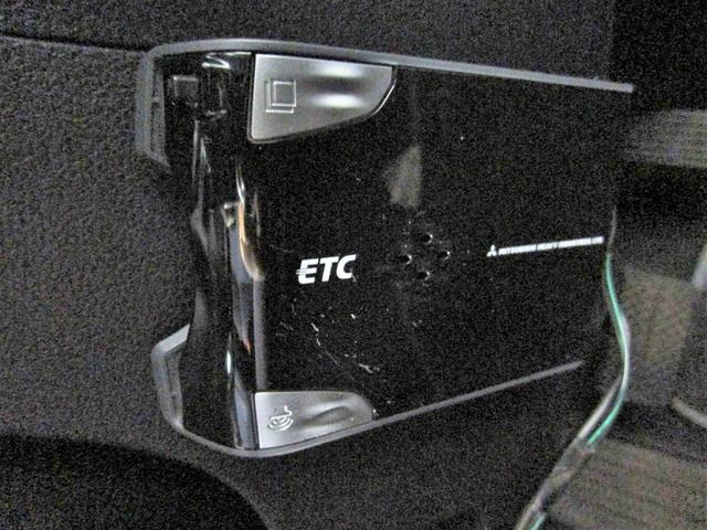 G-Fパッケージ純正HDDナビTV Bカメラ ETC 買取車(5枚目)