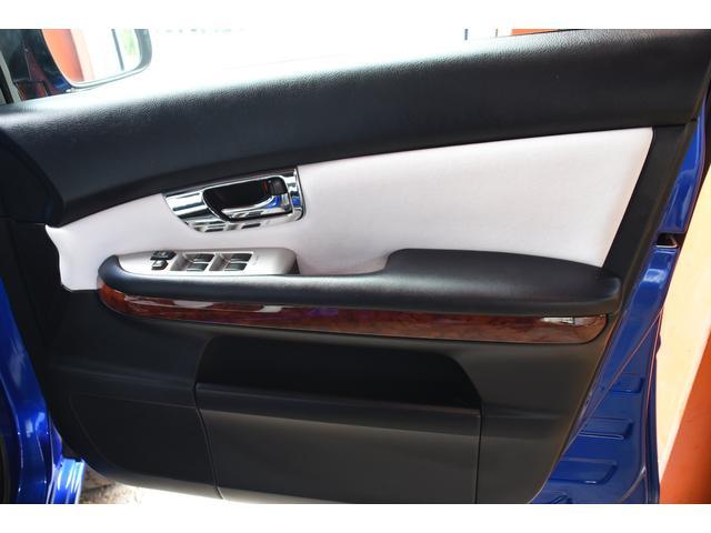 240G 26インチAW 車高調 ワンオフシートカバー(13枚目)