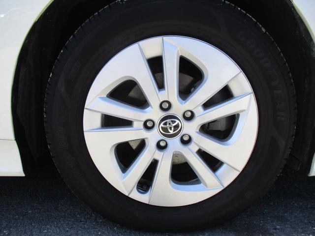 「トヨタ」「プリウス」「セダン」「三重県」の中古車21