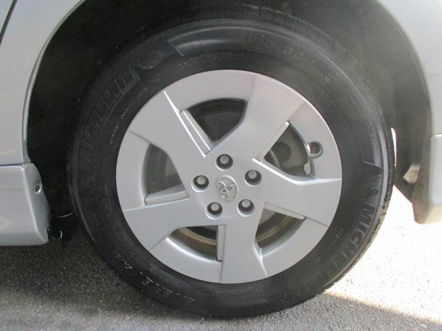 「トヨタ」「プリウス」「セダン」「三重県」の中古車29