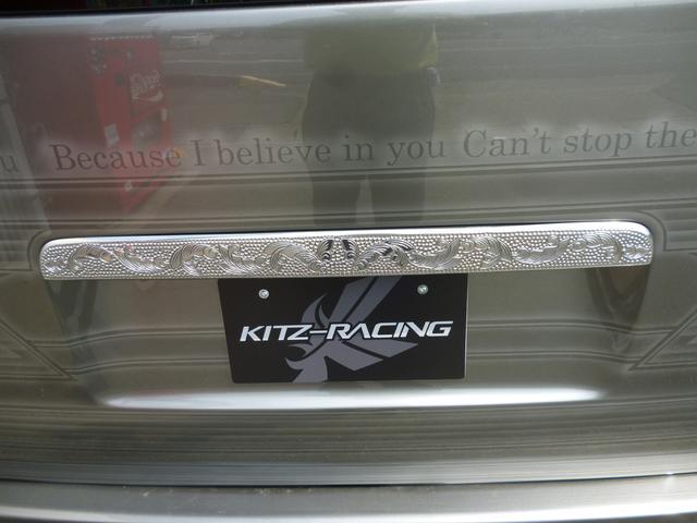 トヨタ ハイエースバン ロングスーパーGL KUHLRACINGデモカー エアサス