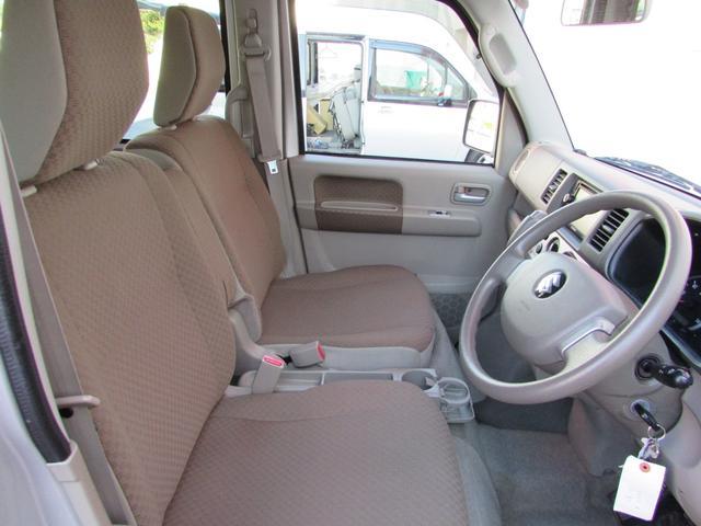車いす移動車 スローパー 電動ウインチ リアシート付4人乗り(20枚目)