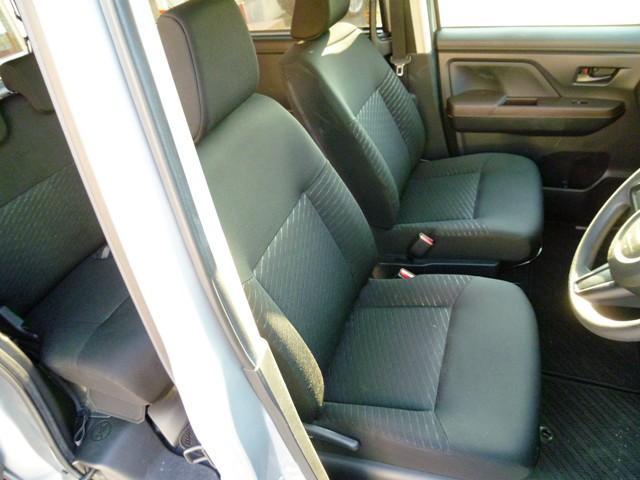 運転席の写真となります!各種お問合せはお気軽に0066-9701-9023までお問合せ下さい!