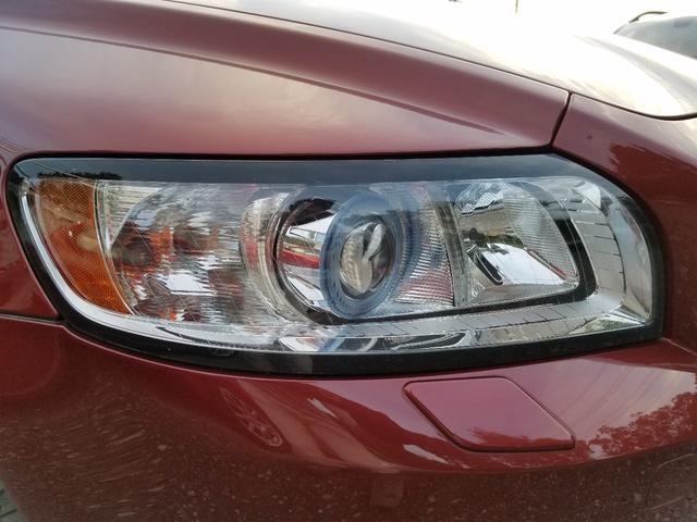 ヘッドライトレンズも綺麗な状態です!この透明度を保つにはヘッドレンズ塗装をお勧め致します!