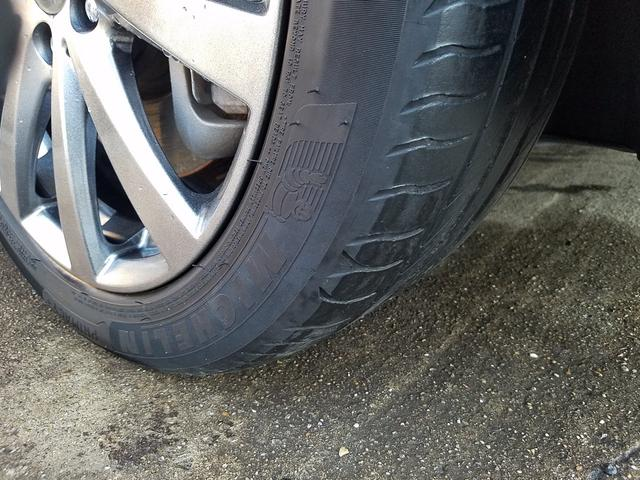 タイヤの残り溝や製造年式など、まだまだ安全に使用頂ける状態です!