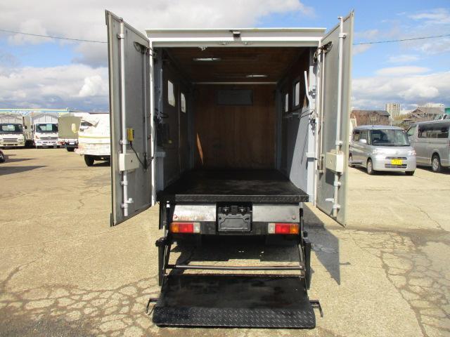 パネルバン 4WD 工作車 パワーゲート 積載2トン(10枚目)