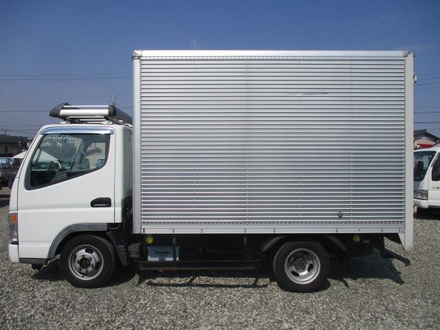 1ヵ月1000kmの保証が付いています納車より1ヵ月・1000kmのどちらか早い方まで、車両基本部分へ修理保証をお付けいたします(車両加装部分は対象外となります)