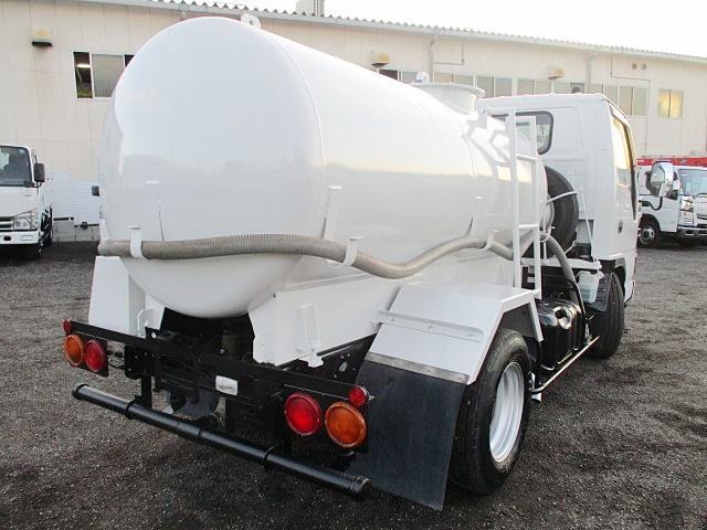 散水車 前後散水 放水銃 吸水ポンプ 新車架装 動作確認済(5枚目)