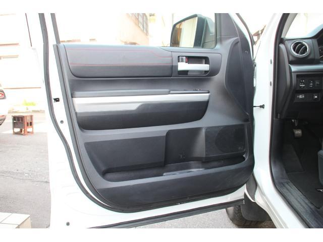 米国トヨタ タンドラ クルーマックス 4WD TRD PRO 実走行証明書付