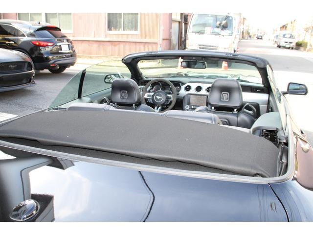 コンバーチブル V8 GT プレミアム 実走行証明書付(19枚目)