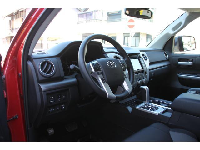 クルーマックス 4WD TRDオフロード サンルーフ TSS(6枚目)