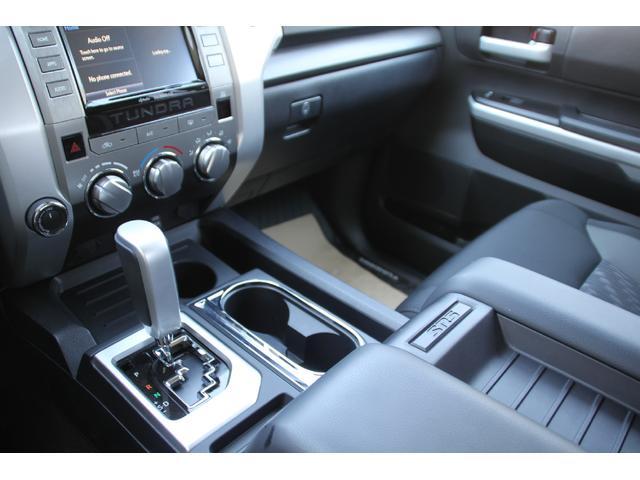 クルーマックス 4WD TRDオフロード サンルーフ TSS(10枚目)