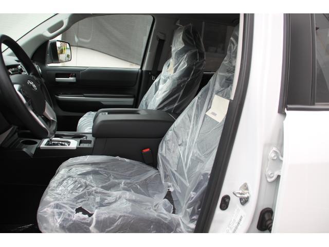 クルーマックス 4WD TRDオフロード サンルーフ TSS(9枚目)