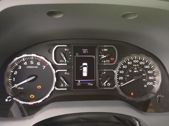 クルーマックス 4WD TRDオフロード サンルーフ TSS(14枚目)