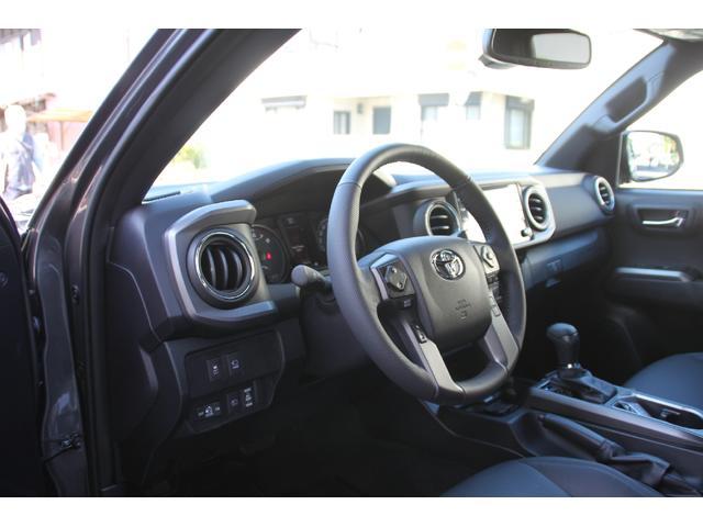 ダブルキャブ TRDオフロード プレミアム 2020年モデル新車 レザーシート サンルーフ スマートキー アップルカープレイ(18枚目)