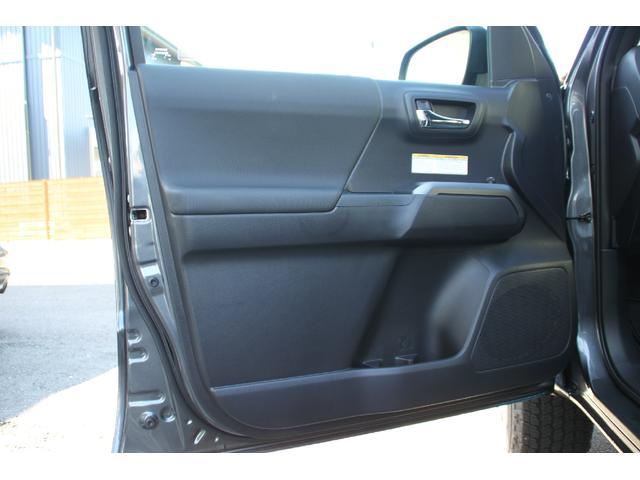 ダブルキャブ TRDオフロード プレミアム 2020年モデル新車 レザーシート サンルーフ スマートキー アップルカープレイ(22枚目)