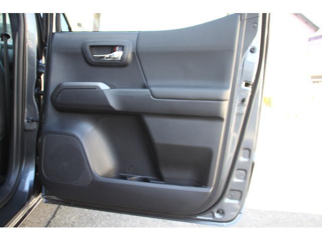 ダブルキャブ TRDオフロード プレミアム 2020年モデル新車 レザーシート サンルーフ スマートキー アップルカープレイ(32枚目)