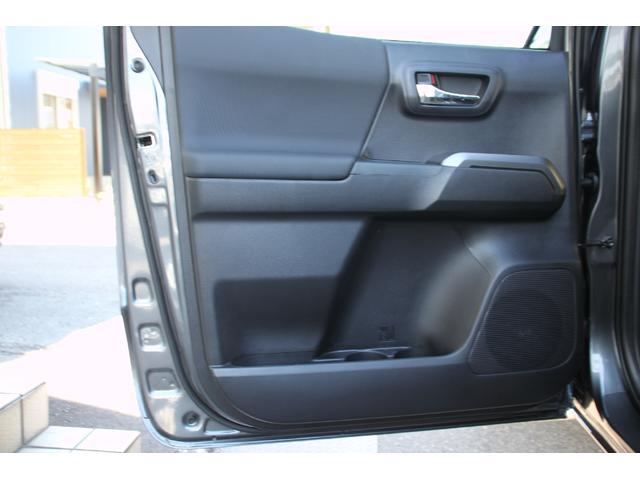 ダブルキャブ TRDオフロード プレミアム 2020年モデル新車 レザーシート サンルーフ スマートキー アップルカープレイ(35枚目)