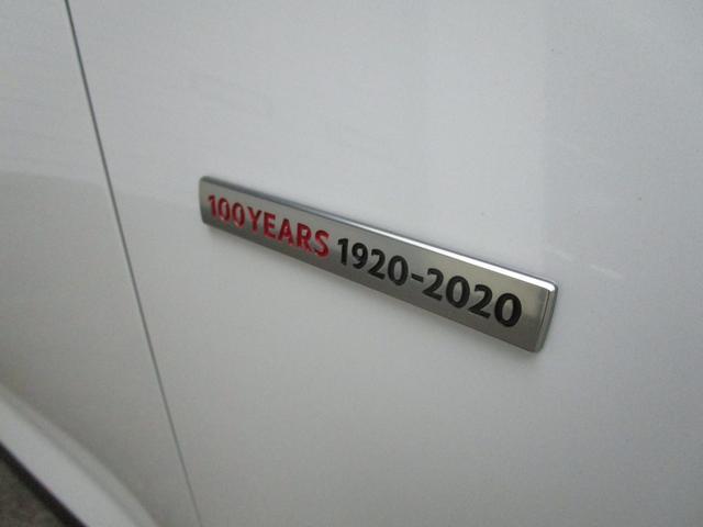 XD 100周年特別記念車 赤レザーシート 電動リアゲート ナビTVバックカメラ BOSEサウンド 360°ビューモニター 専用アルミ 専用フロアマット 100周年記念プレート(7枚目)