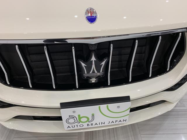 S 買取車 禁煙車 赤革 サンルーフ カーボンインテリア(5枚目)
