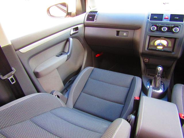 「フォルクスワーゲン」「VW ゴルフトゥーラン」「ミニバン・ワンボックス」「愛知県」の中古車25