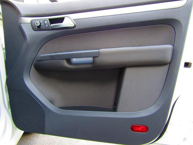 「フォルクスワーゲン」「VW ゴルフトゥーラン」「ミニバン・ワンボックス」「愛知県」の中古車49