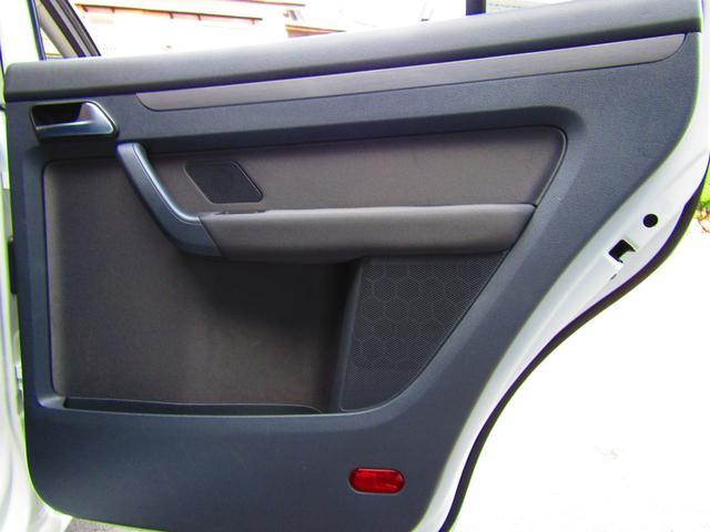 「フォルクスワーゲン」「VW ゴルフトゥーラン」「ミニバン・ワンボックス」「愛知県」の中古車56