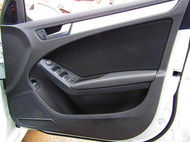 2.0Sライン アフター保証1年間付 後期モデル ハーフレザー パワーシート ACC パワーバックドア 純正ナビ フルセグ バックカメラ スマートキー2本 純正18インチAW タイヤ前後BSレグノ2019年製造(50枚目)