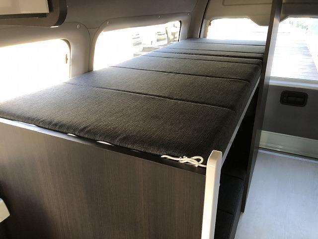 SロングDX GLパッケージ オリジナルキャンプ仕様 Pisces 2段ベッド 電子レンジ 冷蔵庫 11型フローティングナビTV  バックカメラ FFヒーター サブバッテリー 衝突軽減ブレーキ(53枚目)